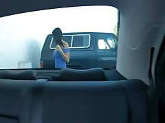 Big knockers MILF fuccked in backseat of wheels