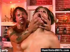 Streetwalker Assfucked By Bartender