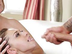 Hot MILF Julia Ann gives an amazing blowjob