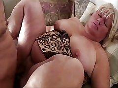 Beamy pussy mature lady