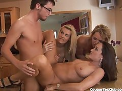 3 MILF Babes League together Bang The Auto Wash Guy