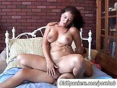 Sexy MILF Sandy enjoys a B facial cumshot