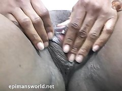 Yummy big clit and meaty pussy