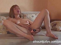 Kermis grown-up unpaid Annabella masturbates with a toy