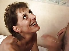 FRENCH Grown up 17 regime hairy anal old lady milf in triune