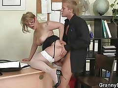 Office descendant gives head and gets fucked