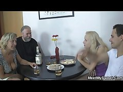 Her pussy gets licked together with fucked by the brush BF's parents