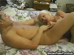 Full-grown granny enjoys raw lovemaking