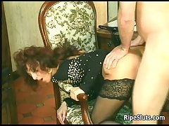 Horny mature drab gets that soaked soft