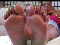 Diabolical Mature Green Toes