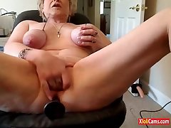 KINKY MATURE Chiefly CAM