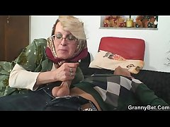 Lonely granny pleases a totally distance from